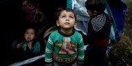 Flüchtlingslager in Griechenland: Sogar Sechsjährige erwägen Suizid