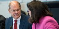 Streit über Hans-Georg Maaßen: SPD-Minister stellen sich hinter Nahles
