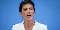 Nach Kritik an #Unteilbar-Aufruf: Wagenknecht fühlt sich gemobbt