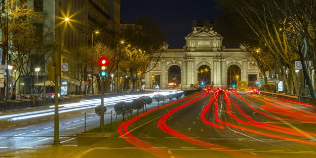 strenge regeln f r spaniens autofahrer fahrverbote in madrids zentrum. Black Bedroom Furniture Sets. Home Design Ideas