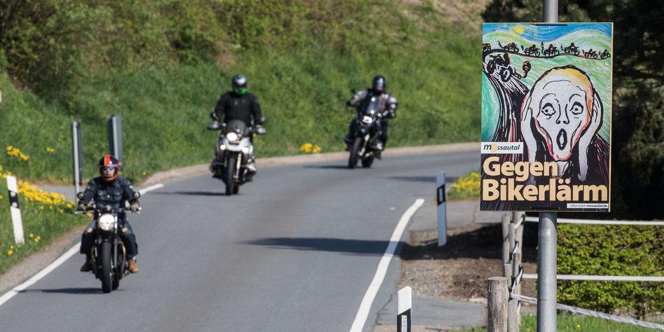 Krach Auf Der Straße Grüne Gegen Motorradlärm Tazde