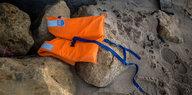 Flucht über das Mittelmeer: Traueranzeigen für die Toten