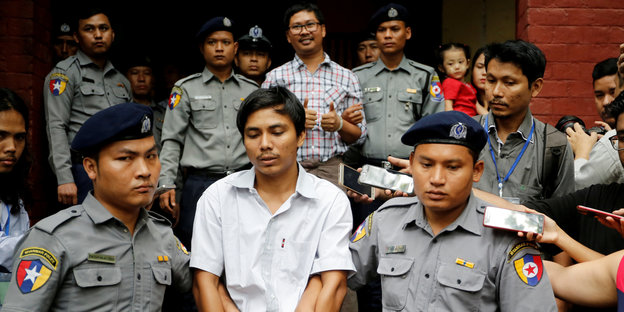 Journalisten Wa Lone, 32, and Kyaw Soe Oo, 28.