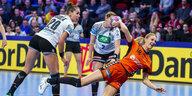 Handball-EM der Frauen: Aufbauwerk mit den Händen