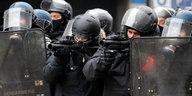 Gelbwesten-Protest in Frankreich: Weniger und weitgehend gewaltfrei