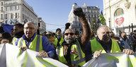 Protest in Frankreich: Gelbe Westen bekommen Flügel