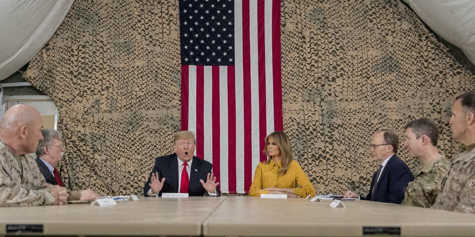 Donald trump air base irak
