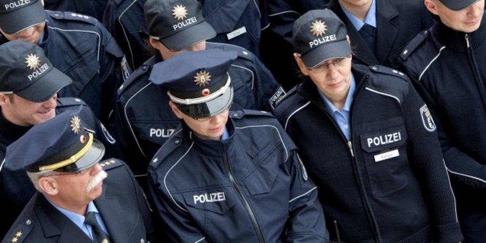 Kleidung polizei berlin