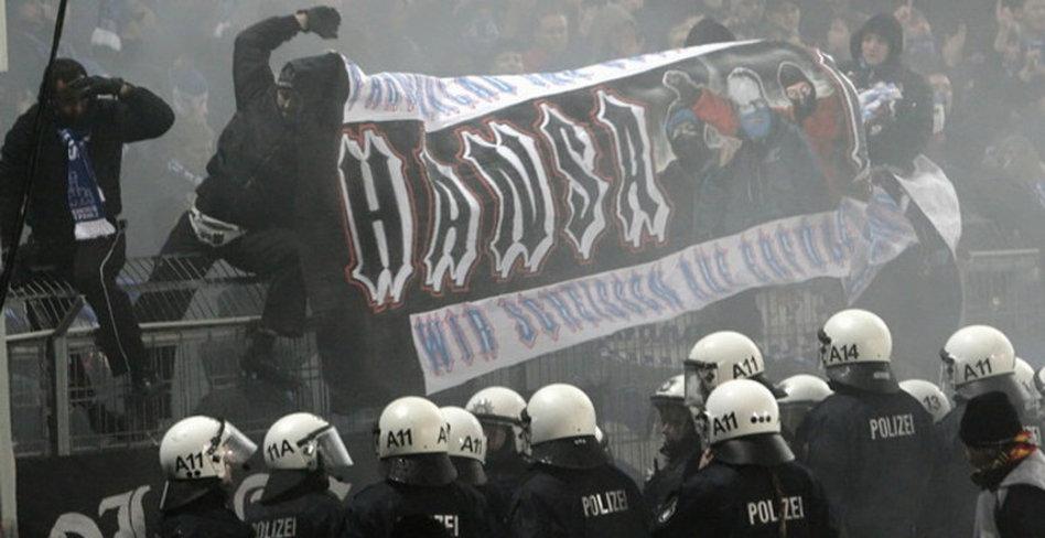 Streit Der Woche Zu Gewalt Im Fussball Bastelstuben Fur