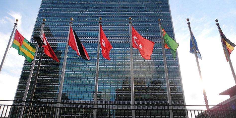 Forderung-von-Human-Rights-Watch-Bei-Menschenrechten-vorangehen