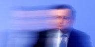 Umstrittene Finanzlobbygruppe G30: Draghi darf mit Blackrock kuscheln