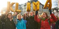 Blau machen gegen Kohle: 25.000 SchülerInnen im Klimastreik