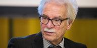 AfD-Alterspräsident in Hessen: Ungeliebte Sitznachbarn