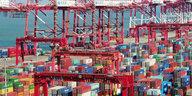 Weniger Wirtschaftswachstum in China: Der Drache schwächelt