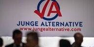 BeamtInnen in der AfD: Dienstrecht ist geduldig