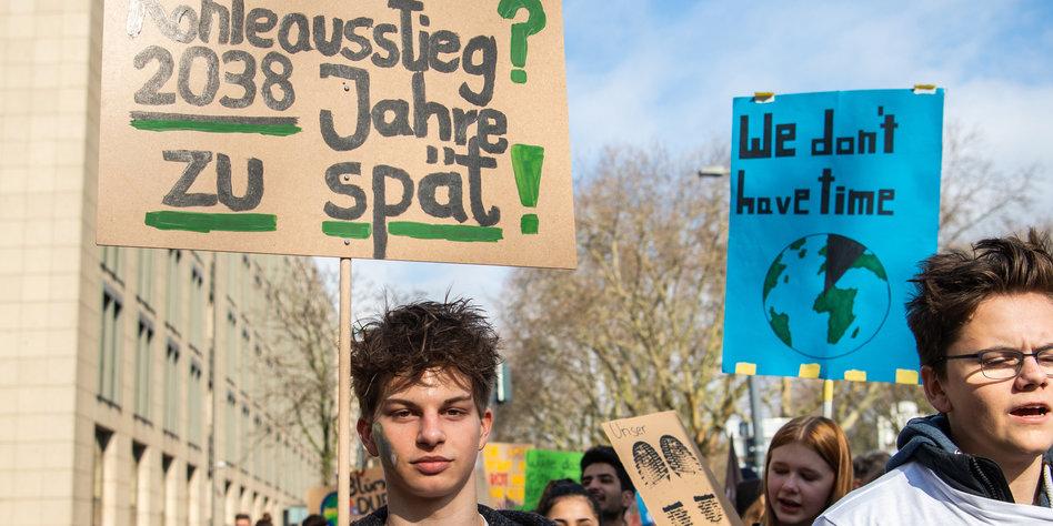 Friday For Future: Fridays For Future-Proteste: Gegen Den Raubbau Am Planeten