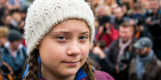 Greta Thunberg vor einer Demonstration