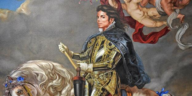Ein Porträt von Michael Jackson, auf dem er in königlicher Tracht auf einem Pferd sitzt
