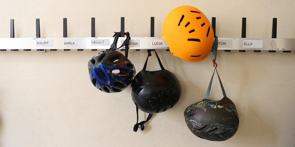 Scheuers-Fahrradhelm-Werbung-Peinlich-altbacken-und-sexistisch-