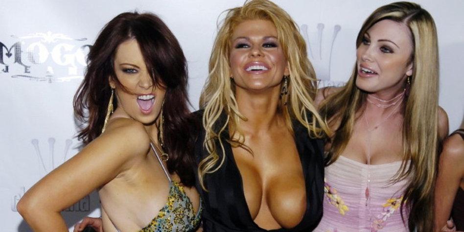 pornos im internet lesbian orgy