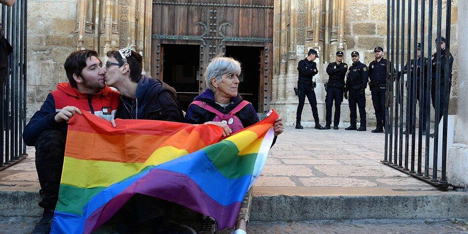 Geheime Kurse in Spanien aufgedeckt