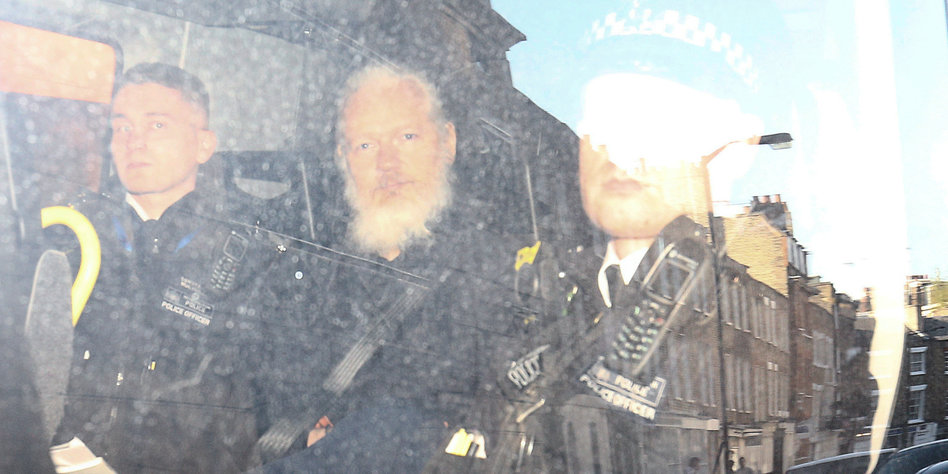 Angriffe auf Ecuador nach Assange-Festnahme