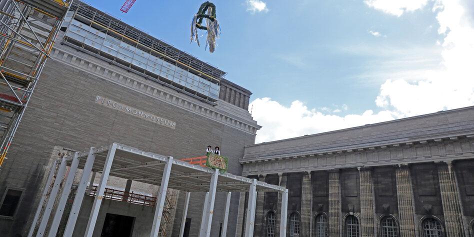 Neuer Eingang Des Pergamonmuseums Ein Kolossales Tempelchen Taz De