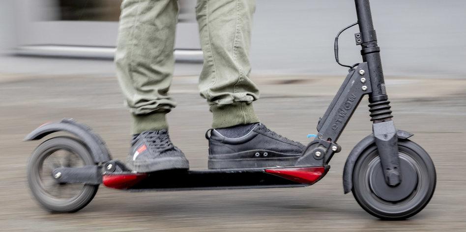 bundesrat entscheidet ber scooter e tretroller vor der. Black Bedroom Furniture Sets. Home Design Ideas
