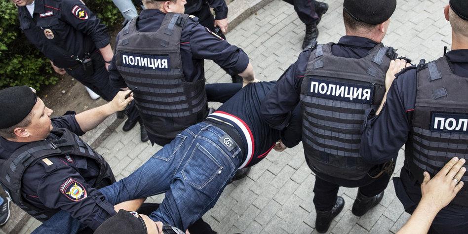 Wegen Fall Golunow: Putin entlässt zwei Generäle