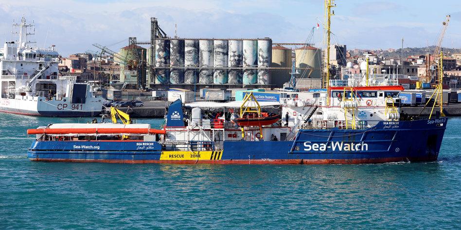 Italien Karte Lampedusa.Sea Watch 3 Mit Geretteten Migranten Italien Befiehlt Kurs