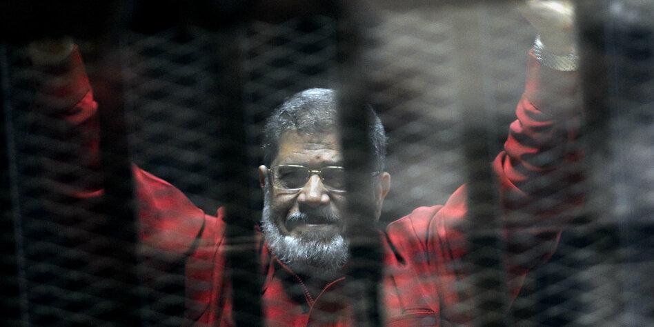 -gyptens-Ex-Pr-sident-Mursis-seltsamer-Tod-vor-dem-Kadi