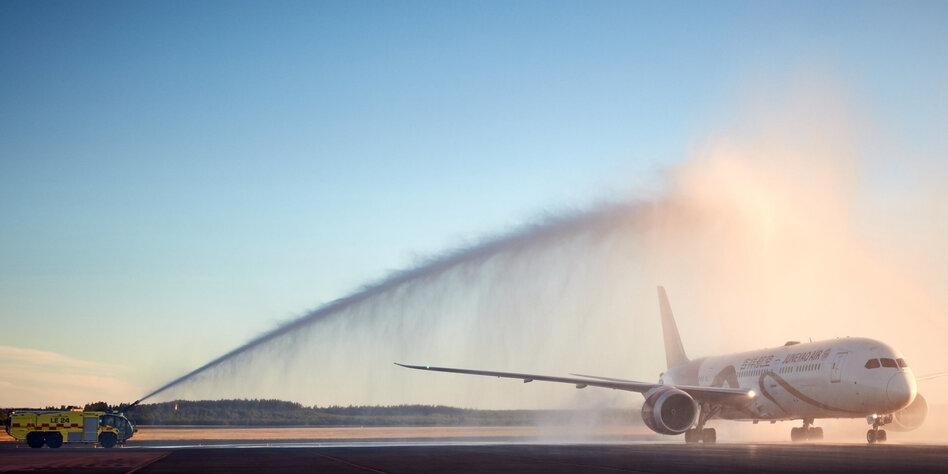 Mit dem Flugzeug in die Sündenfalle
