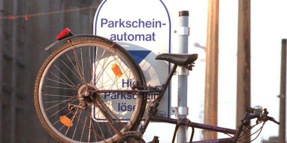 parksituation in pankow parken soll in pankow kosten. Black Bedroom Furniture Sets. Home Design Ideas