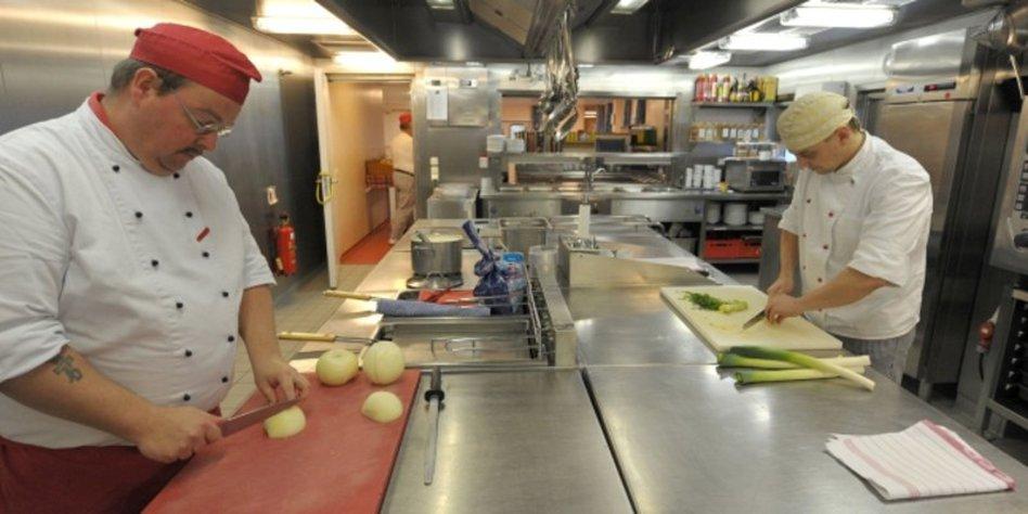 restaurant-hygiene mangelhaft: den restaurant-ratten auf der spur ... - Hygiene Küche