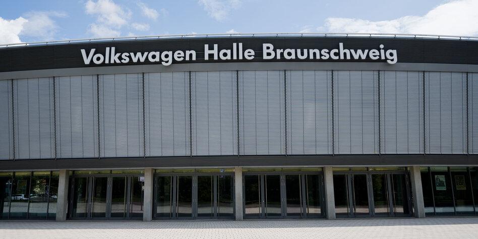 Braunschweig gegen Braune
