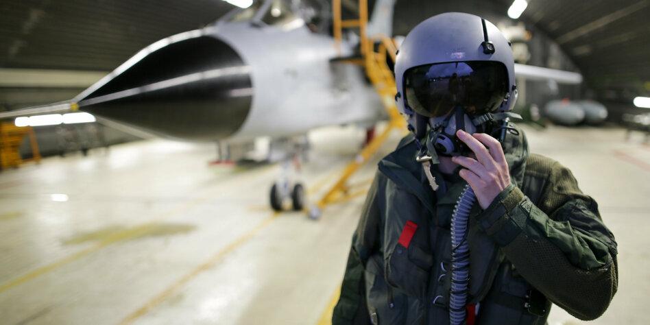 Antrag formal unzulässig: Linksfraktion scheitert mit Klage gegen Anti-IS-Einsatz