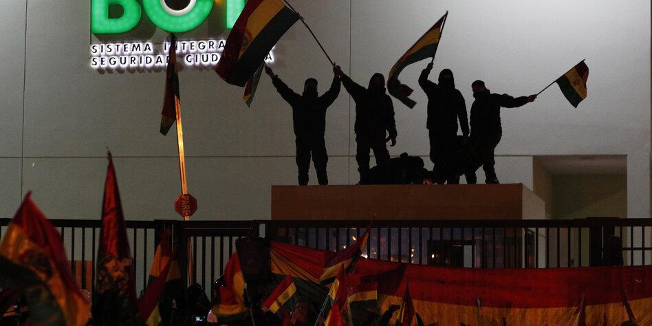 Bolivien - Morales ruft zu Gesprächen unter Begleitung des Papstes auf