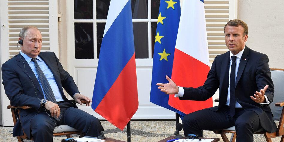 Queen Elizabeth II. und Angela Merkel: Smalltalk beim Nato-Gipfel in London