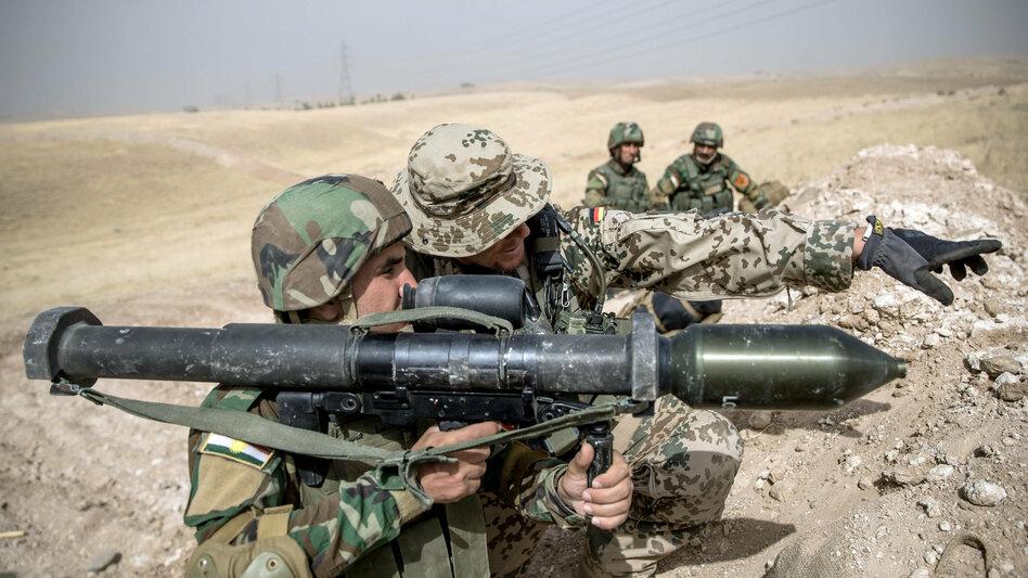 Irak - Bundesregierung will Kampf gegen IS fortsetzen