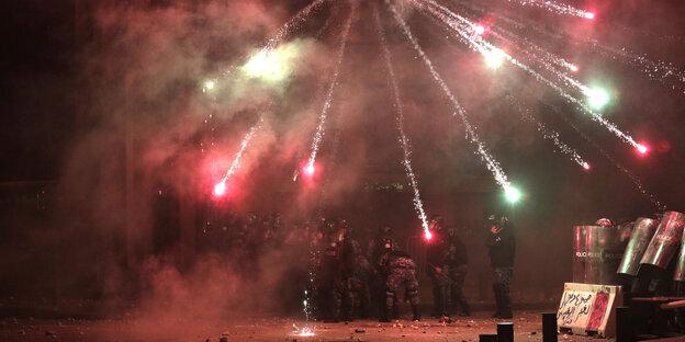 Feuerwerk auf einer Demo