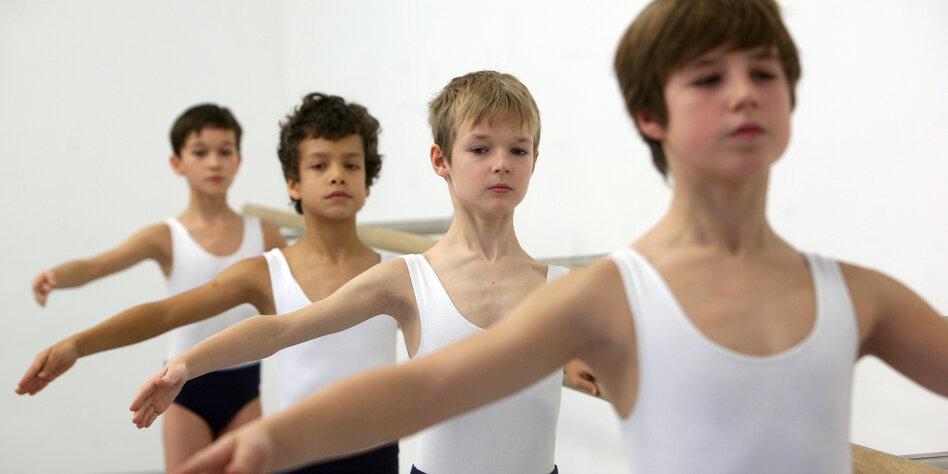 Vorwürfe gegen Staatliche Ballettschule: Klarer Beratungsbedarf