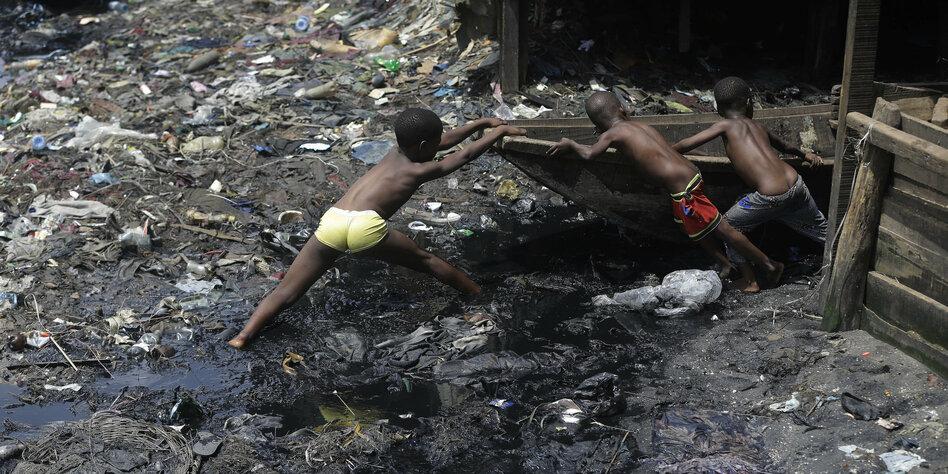 Blutbad in Nigeria und Tschad: Boko Haram schlägt zu