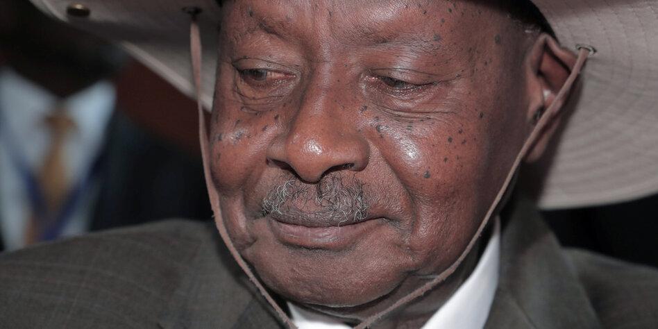 Corona-Verordnungen in Uganda: Kleiner Sieg für die Pressefreiheit