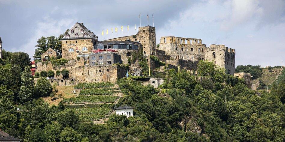 Rechtsstreit Um Burg Rheinfels Linke Und Cdu Vs Hohenzollern Taz De