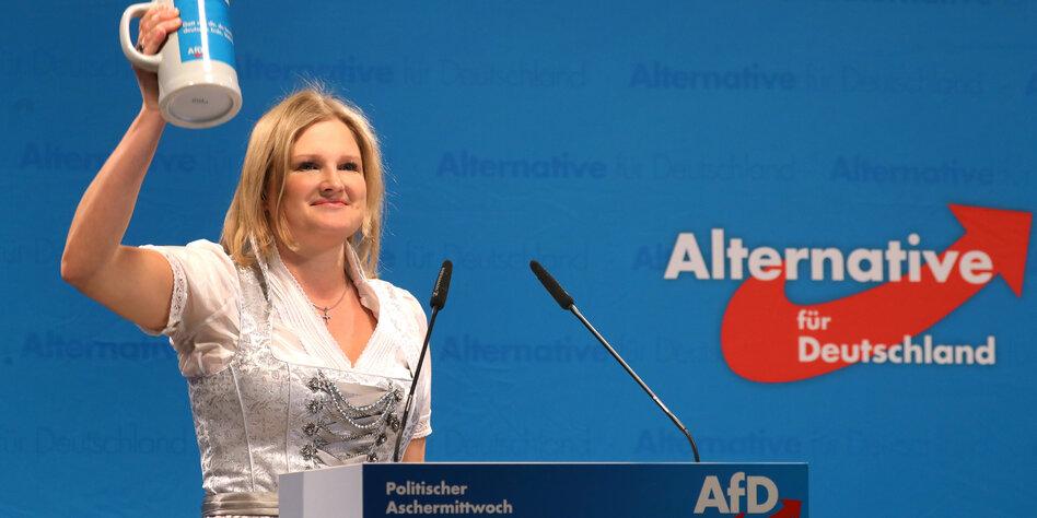 Streit bei der AfD in Bayern: Fraktionschefin droht der Putsch