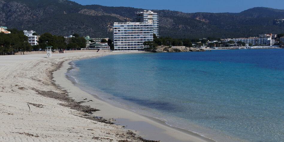 Corona-Regeln für Tourismus in Spanien: Kontrolle am Strand