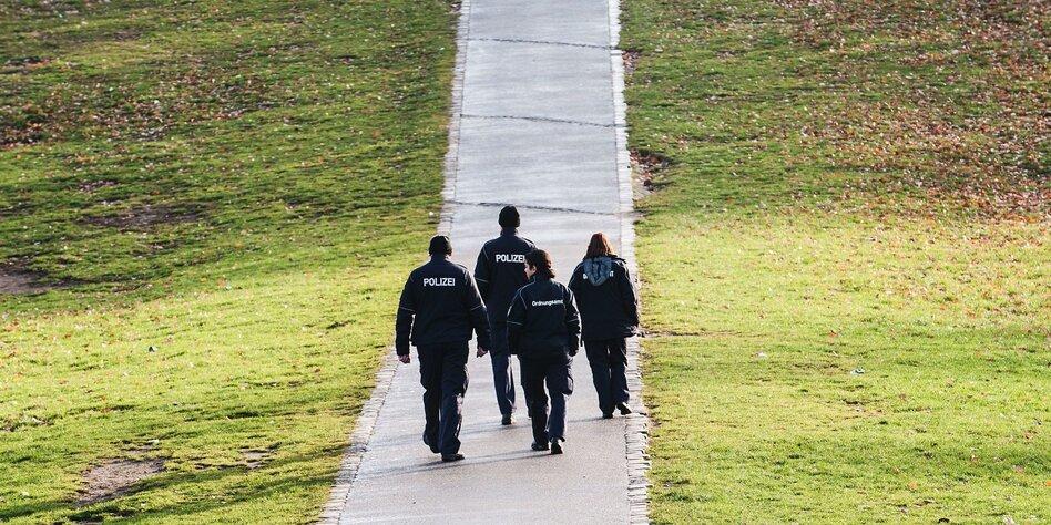 Polizei kritisiert neues Berliner Gesetz: Einsatz gegen Diskriminierung