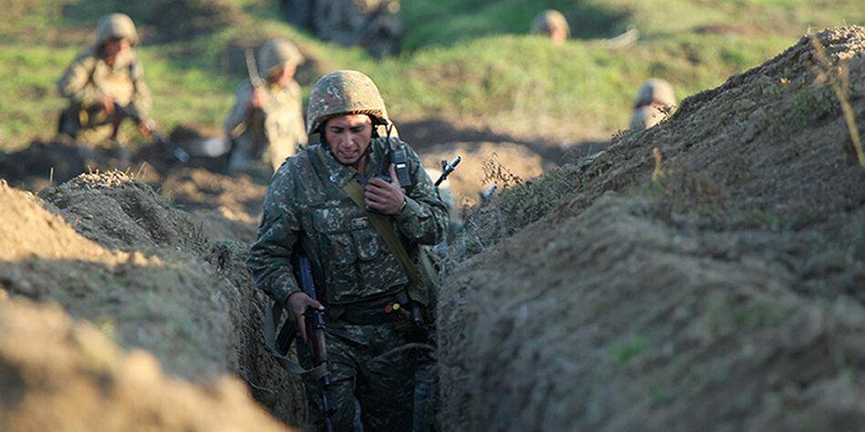 Armenien Gegen Aserbaidschan Kriegsrecht In Berg Karabach Taz De