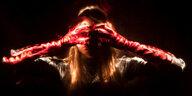 Blinde Fotograf:innen in Berlin: Zart und unheimlich leuchten