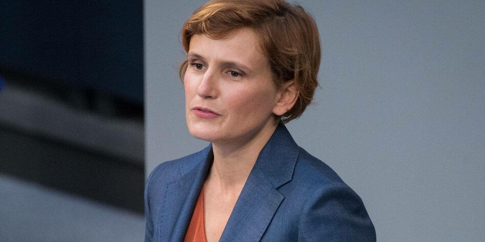 Bläst katja Katja Kassin
